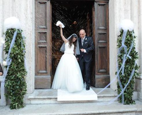 Norman&Sabrina_Lancio del riso fuori dalla Chiesa_Youco Wedding