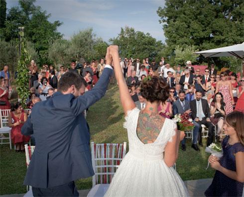 Sciuscia-e-Barbara_finalmente-sposi-_-villa-Porano-Umbria-youco-wedding-planning-perugia
