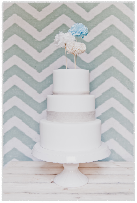 Pon pon in carta velina come cke topper by youco wedding planning perugia